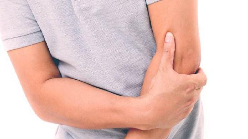 دلایل درد آرنج | درمان دیسک کمر اصفهان